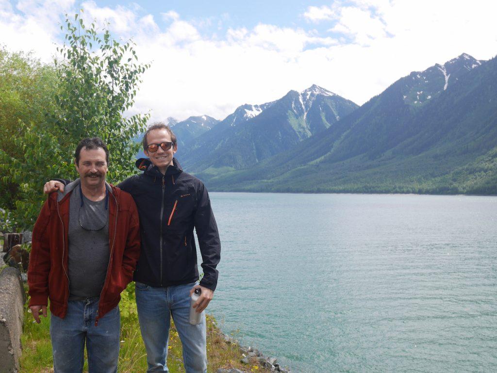 Charles avec Jon, au lac Kinbasket