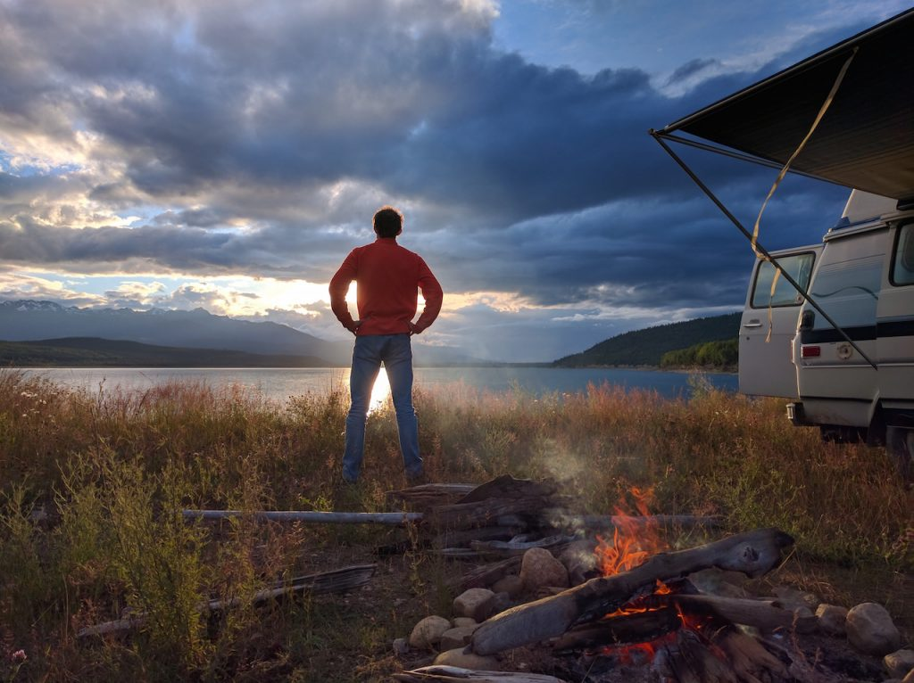 Camping au bord du lac Kinbasket