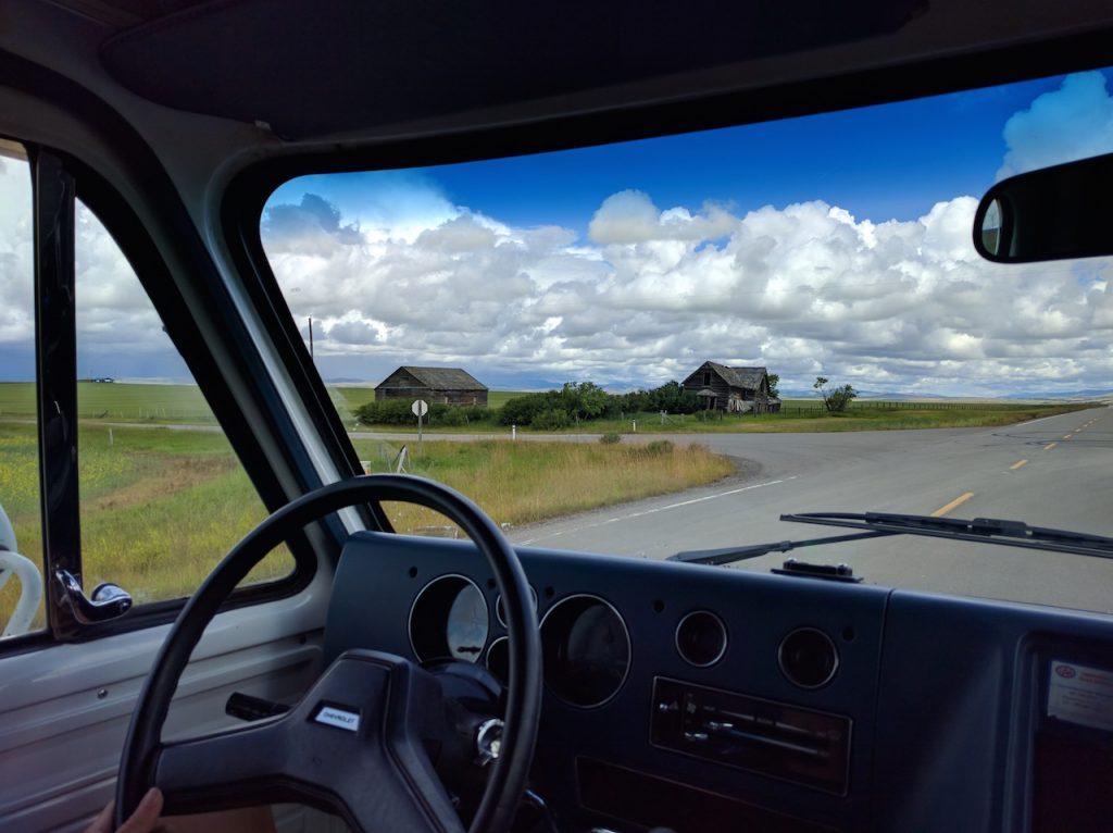 Un ranch abandonné sur le Cowboy Trail
