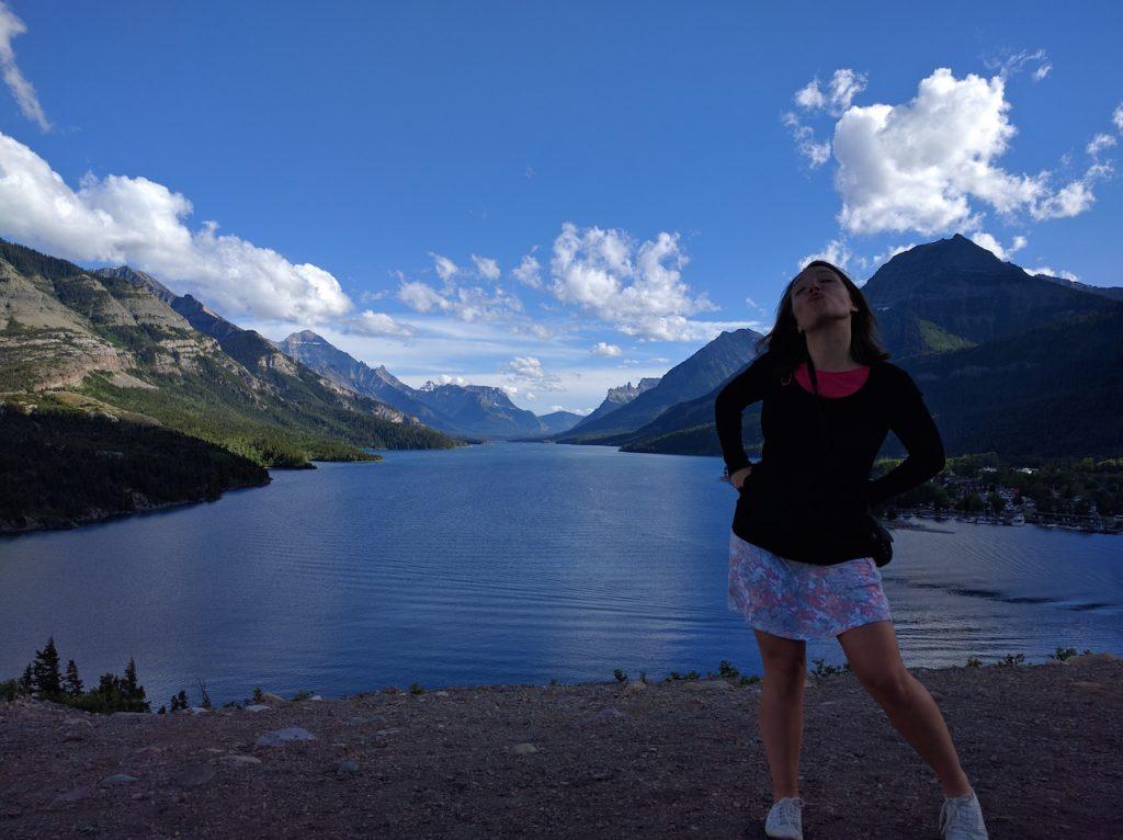 Le Waterton Lake, moitié canadien, moitié américain