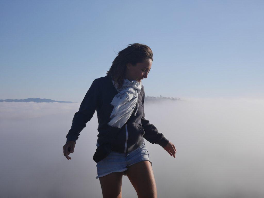 Aurélie est dans les nuages comme d'habitude
