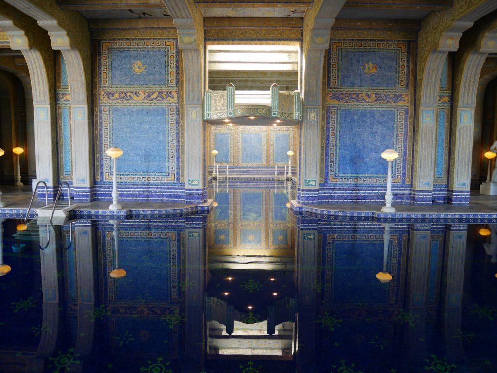 La piscine intérieure de Hearst Castle