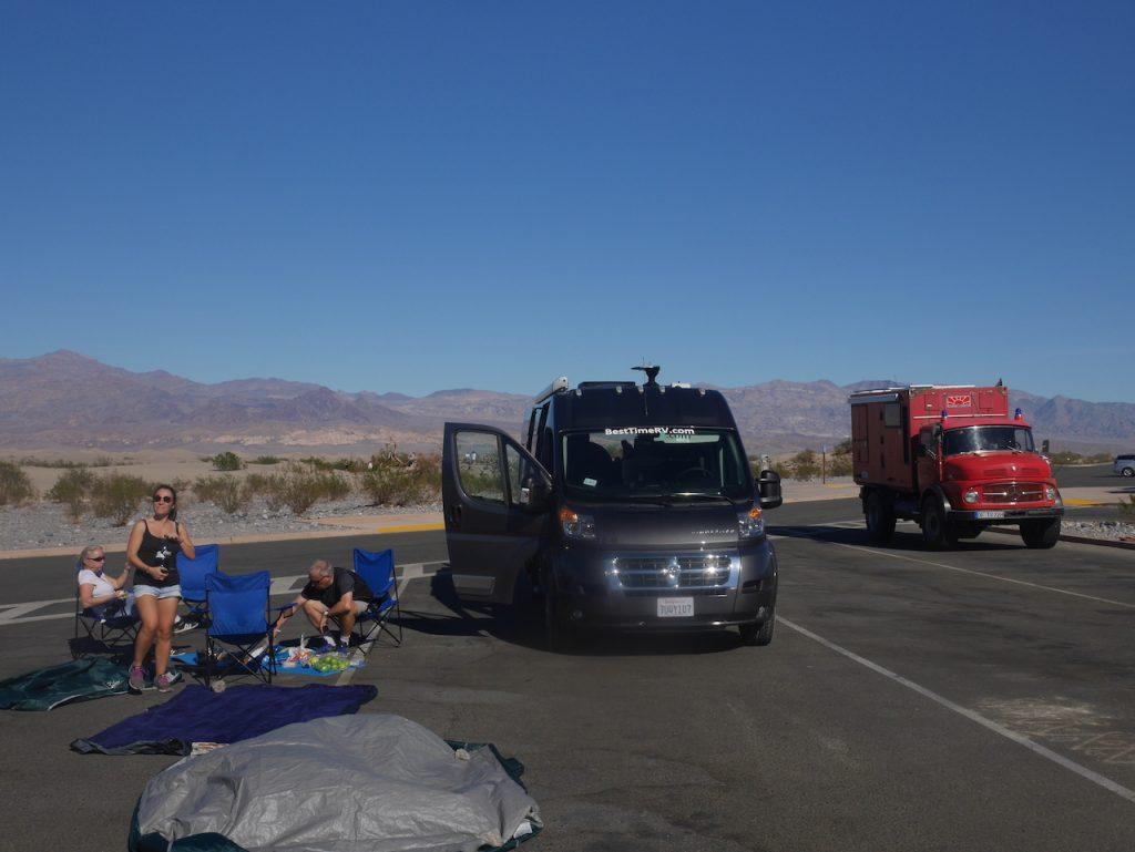 Les pique-niques improvisés avec la tente qui sèche !