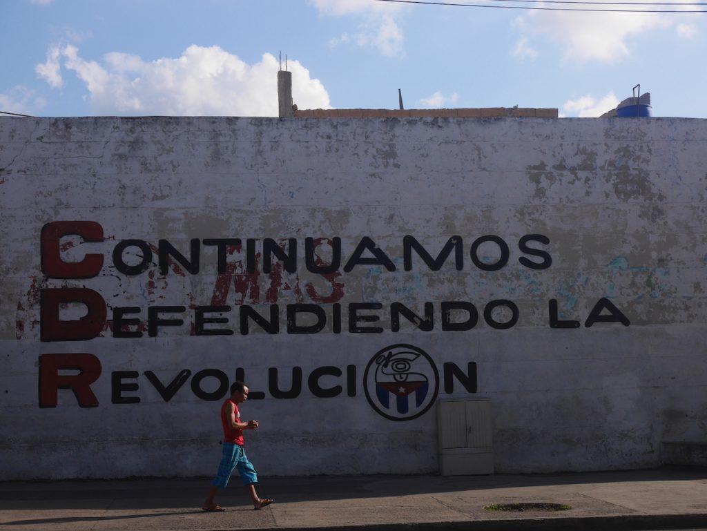 Nous continuerons à défendre la révolution !! Yeahhhh !!!