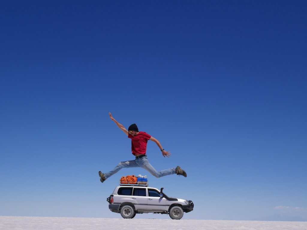 Saut Jeep Salar de Uyuni